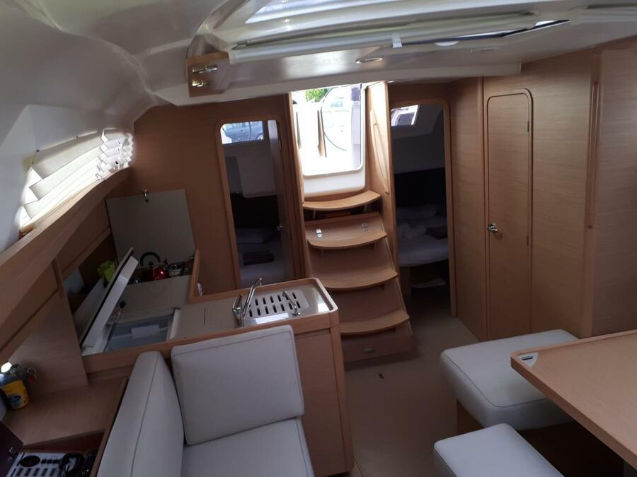 Dufour 412 Grand large (Argo) Interior image - 1