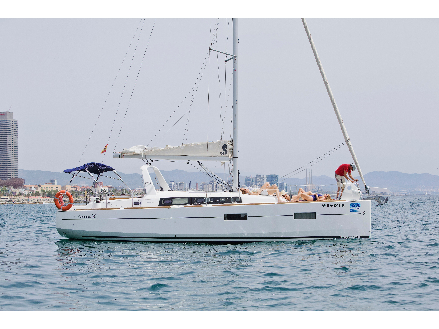 Beneteau Oceanis 38 (Simge) Main image - 0