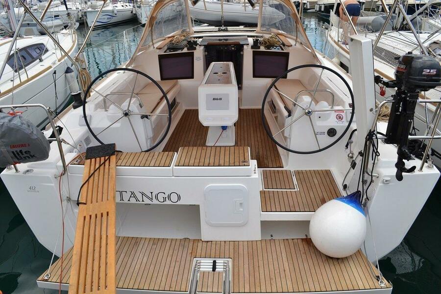 Dufour 412 (Tango)  - 8