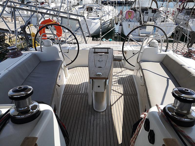 Oceanis 50 (Gilda (A/C - Generator - 12 pax))  - 4