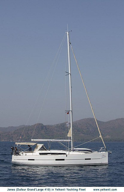 Dufour 410 GL (Jones) Sailing - 14