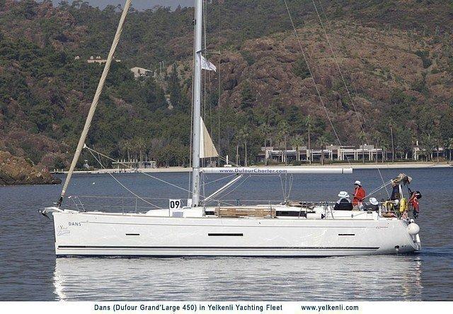 Dufour 450 GL (Dans) Sailing - 17