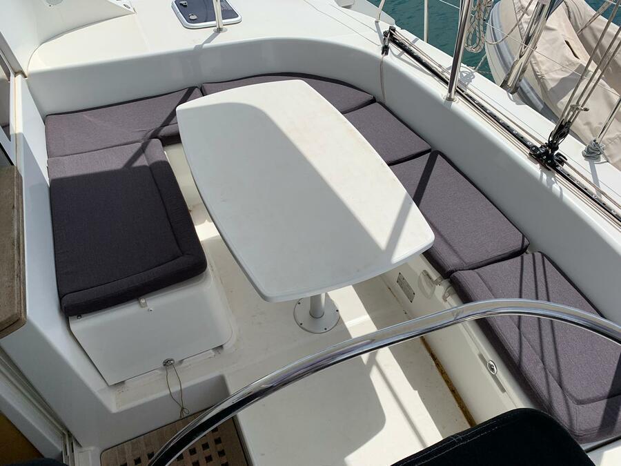Lagoon 380 (NIRVANA)  - 16