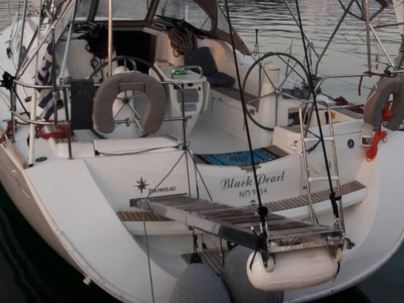 Sun Odyssey 42 i (Black Pearl)  - 3