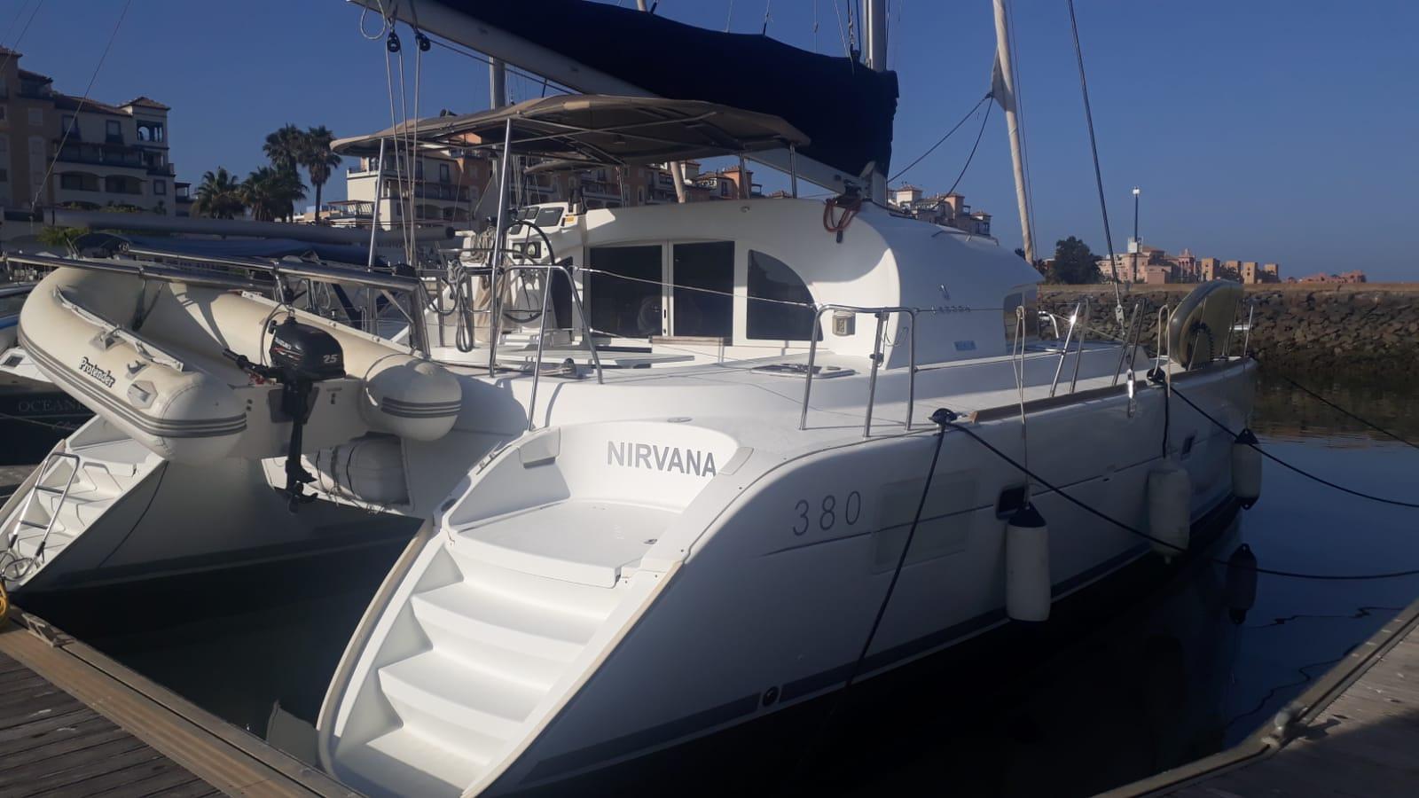 Lagoon 380 (NIRVANA)  - 11