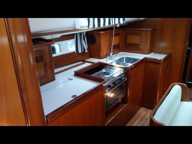 Oceanis 411 Clipper (Nemesis) Interior image - 3