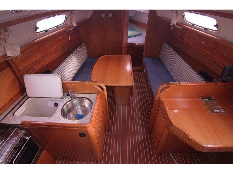 Bavaria 30 Cruiser (MILA ) Interior image - 5