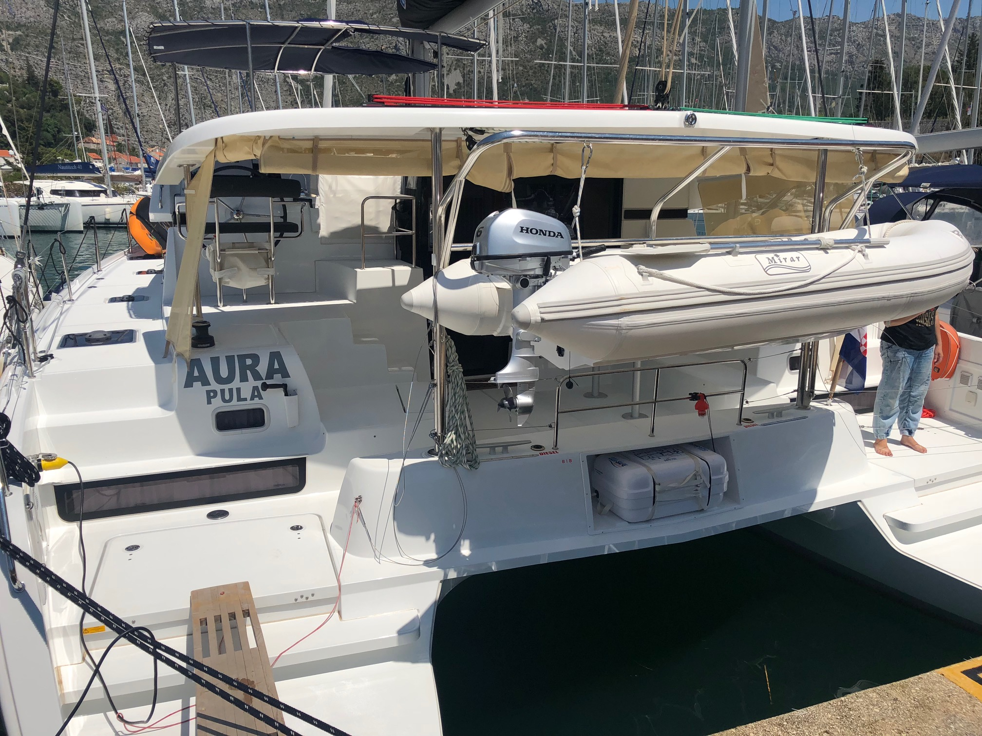 Lagoon 42 (Aura (skippered)) Main image - 0