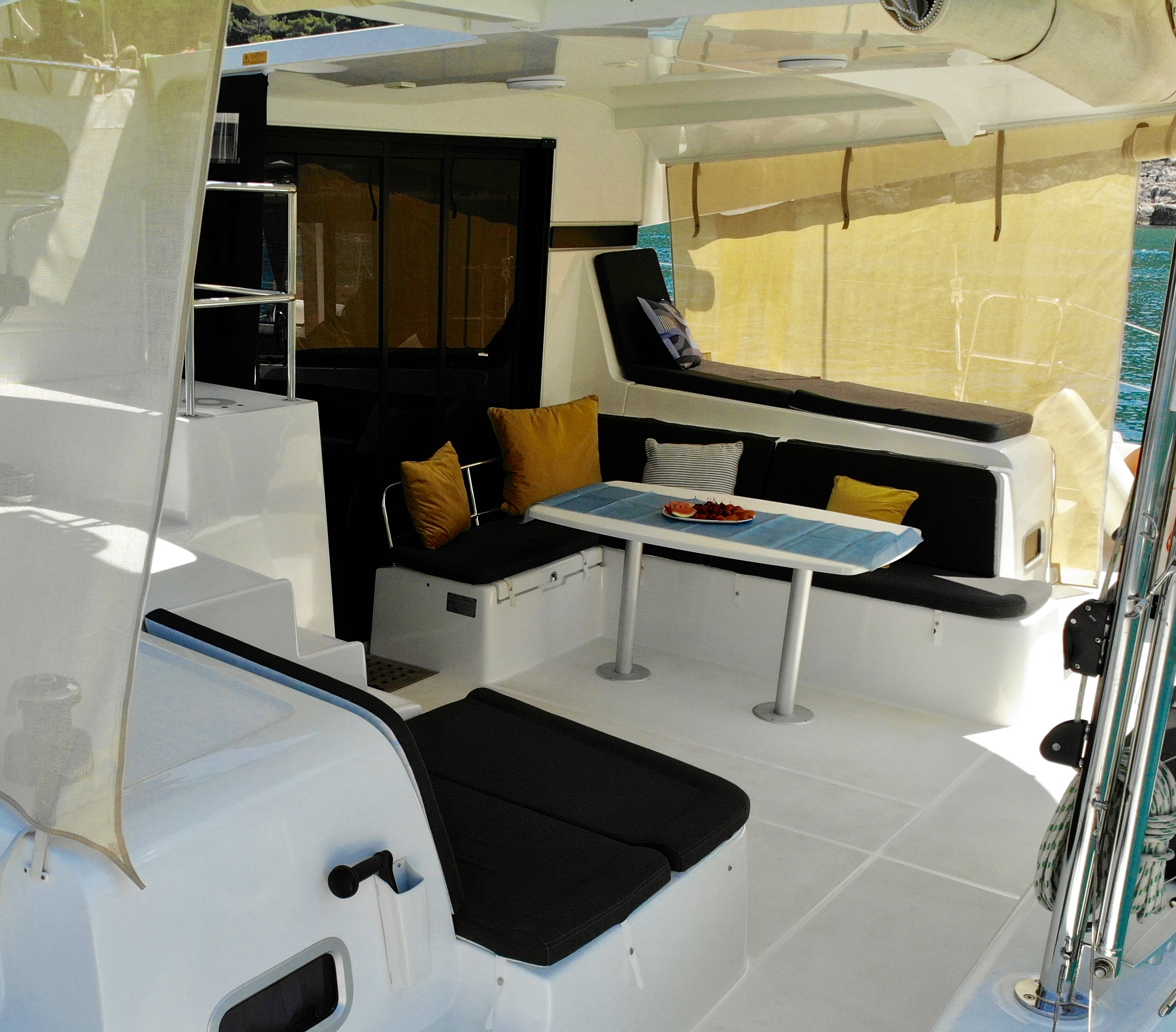Lagoon 42 (Aura (skippered))  - 13
