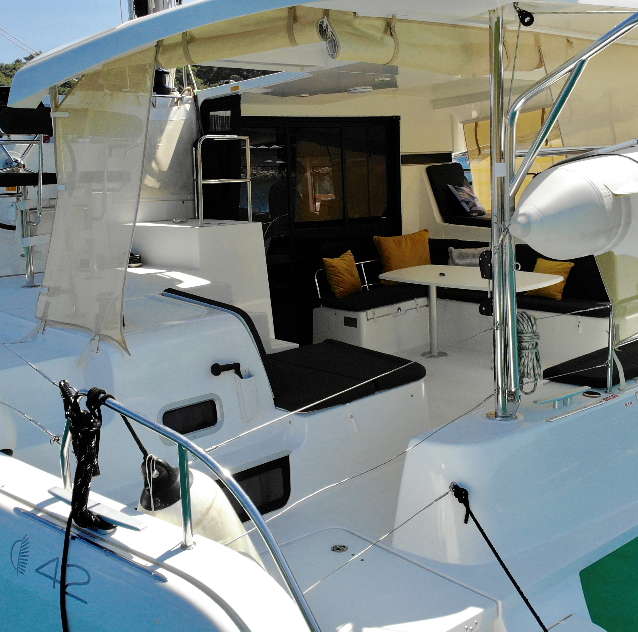 Lagoon 42 (Aura (skippered))  - 14
