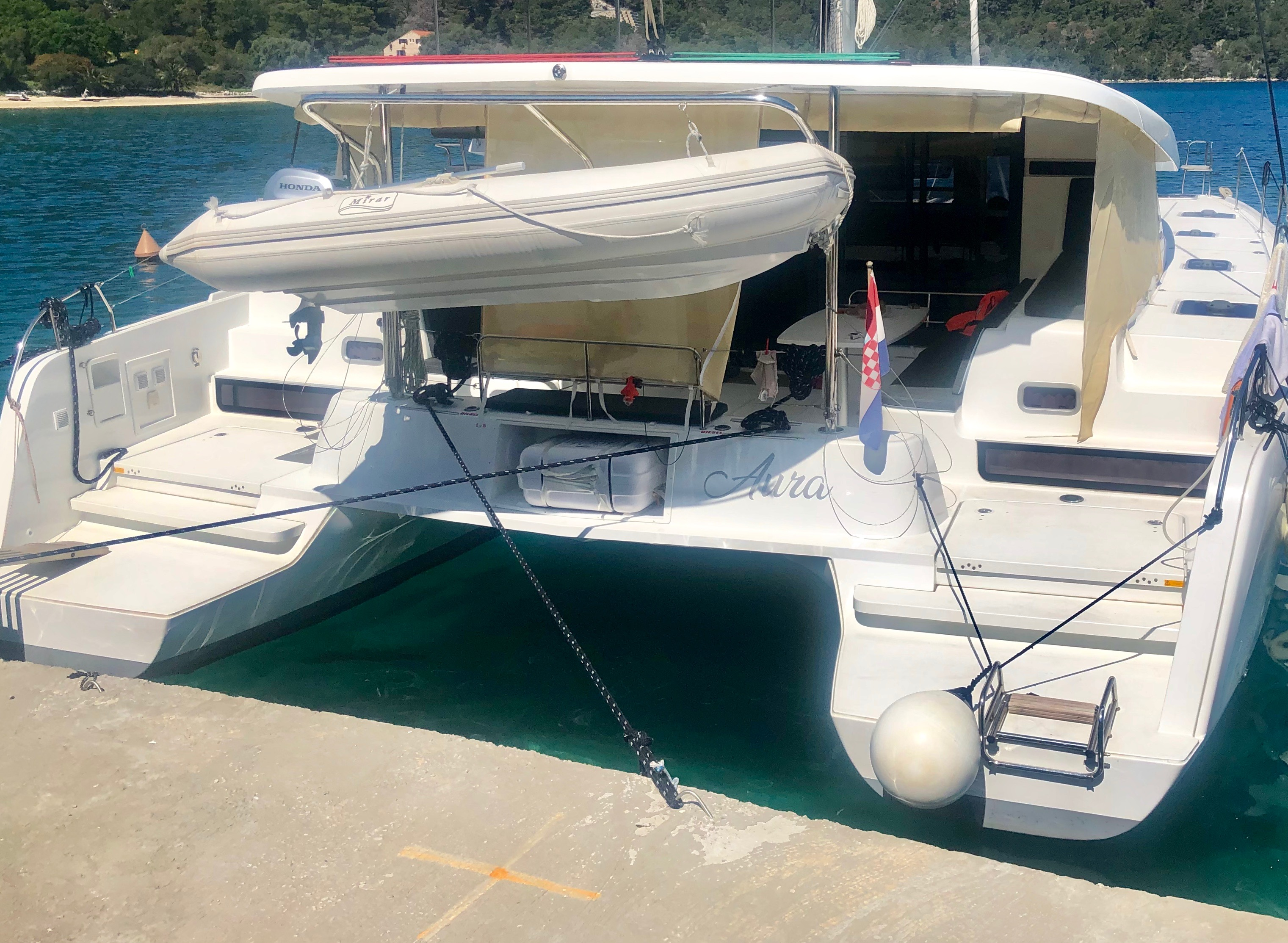 Lagoon 42 (Aura (skippered))  - 34