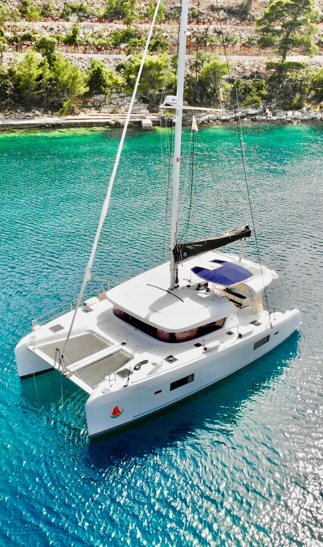 Lagoon 42 (Aura (skippered))  - 4