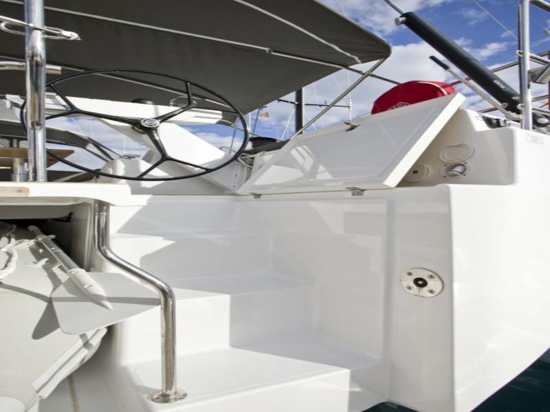 Hanse 588 (White Pearl)  - 64