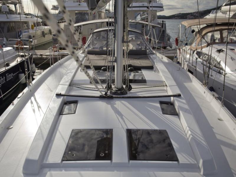 Hanse 588 (White Pearl)  - 44
