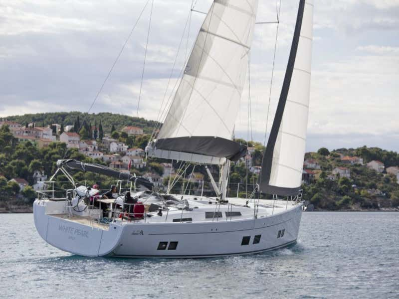 Hanse 588 (White Pearl)  - 48