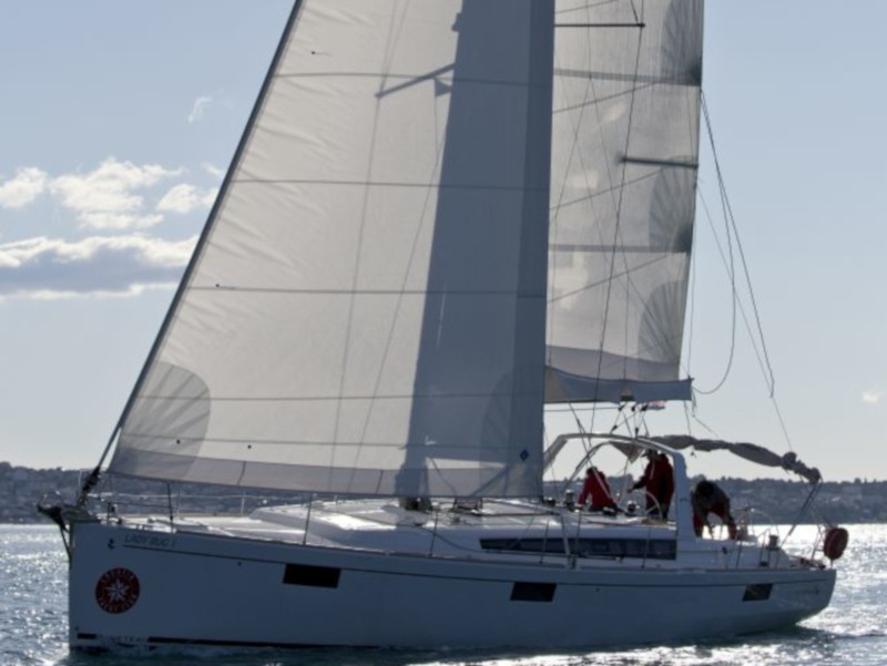 Oceanis 48 (10-4) (Lady Bug I)  - 21