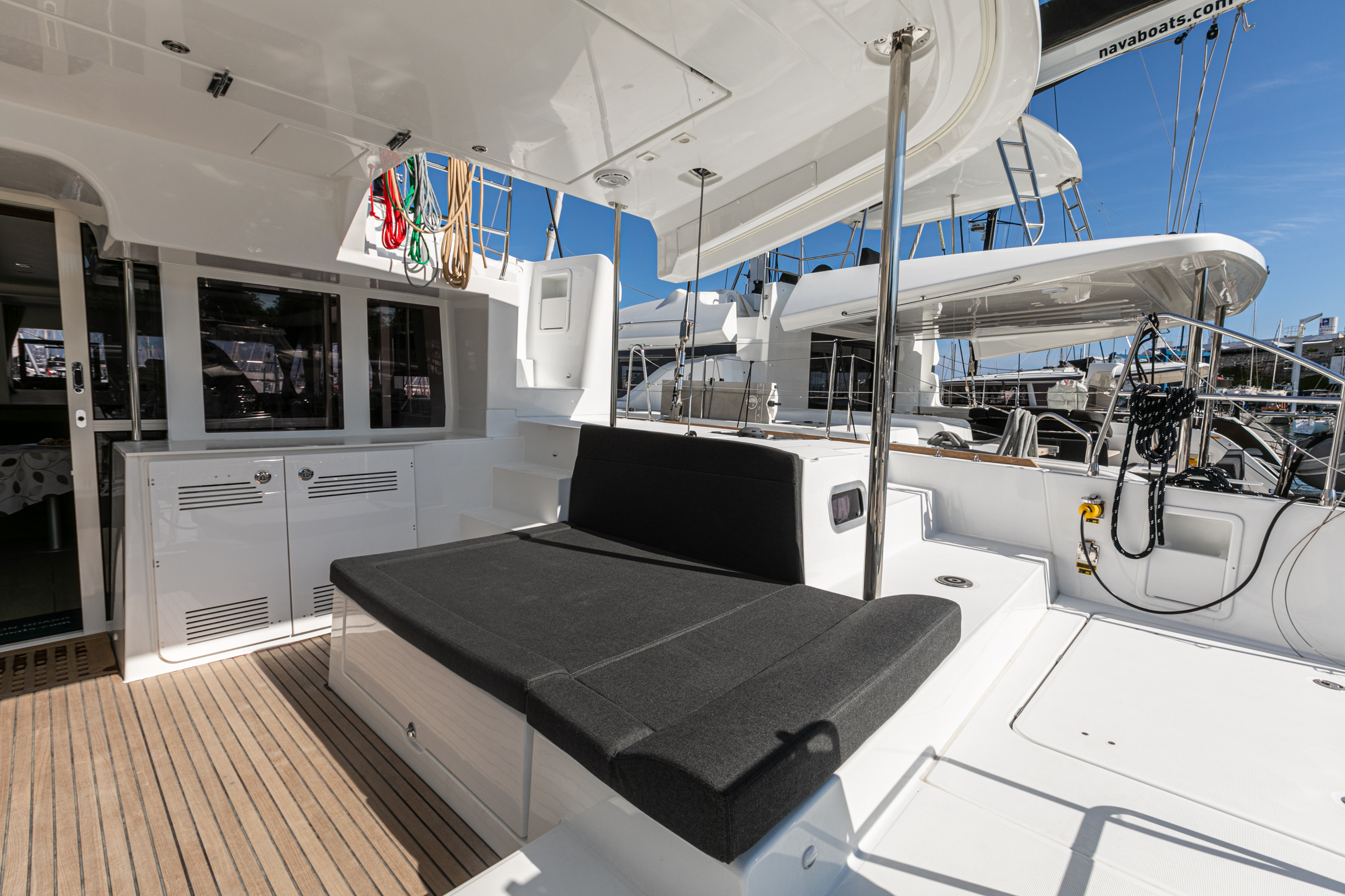 Lagoon 450 F (2019) equipped with generator, A/C ( (WIDE DREAM)  - 14