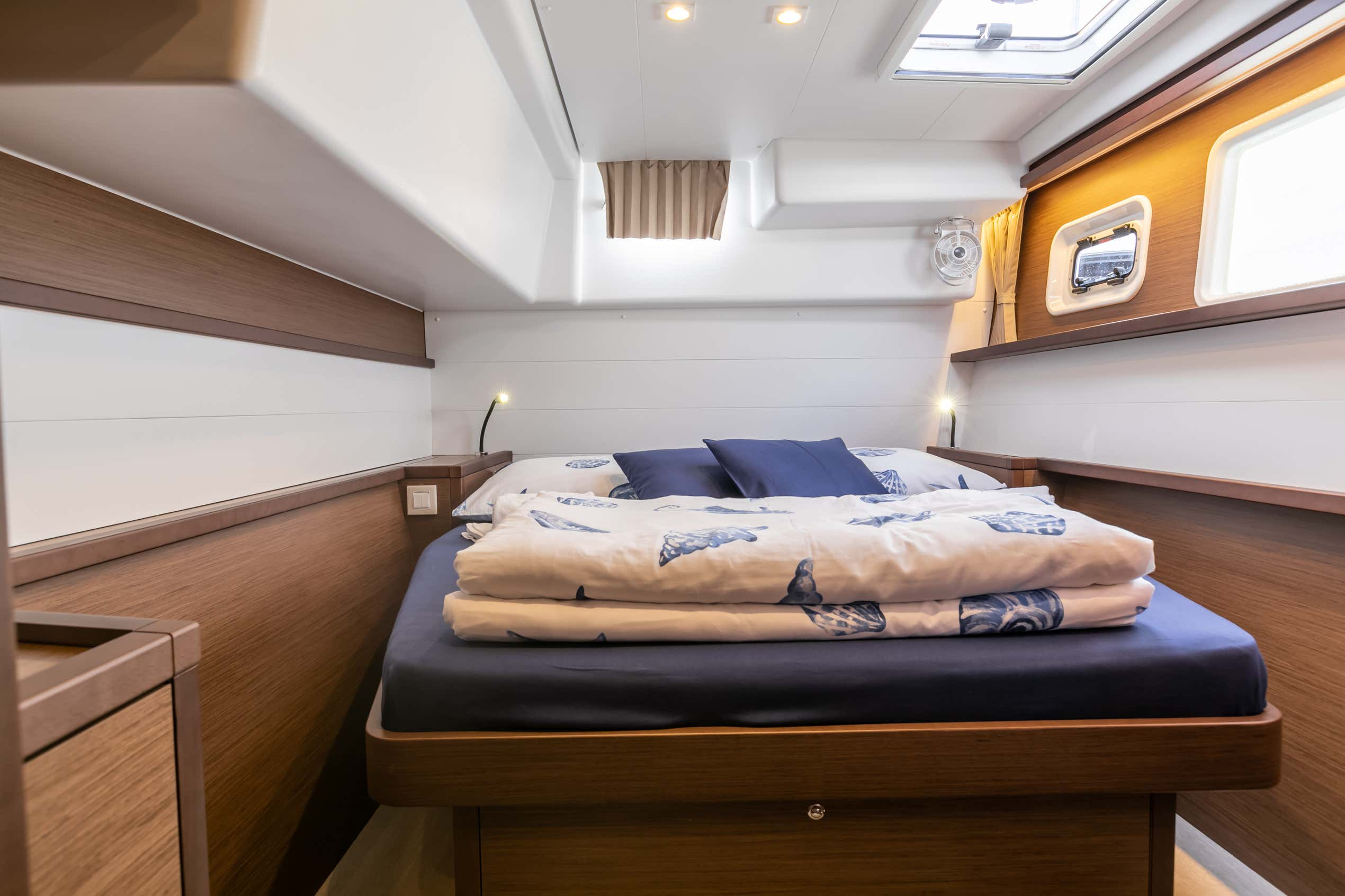 Lagoon 450 F (2019) equipped with generator, A/C ( (WIDE DREAM)  - 8