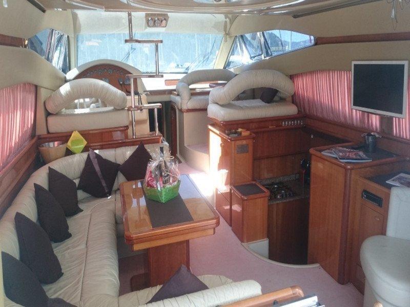 Ferretti 480 (Mr Box) Interior image - 13