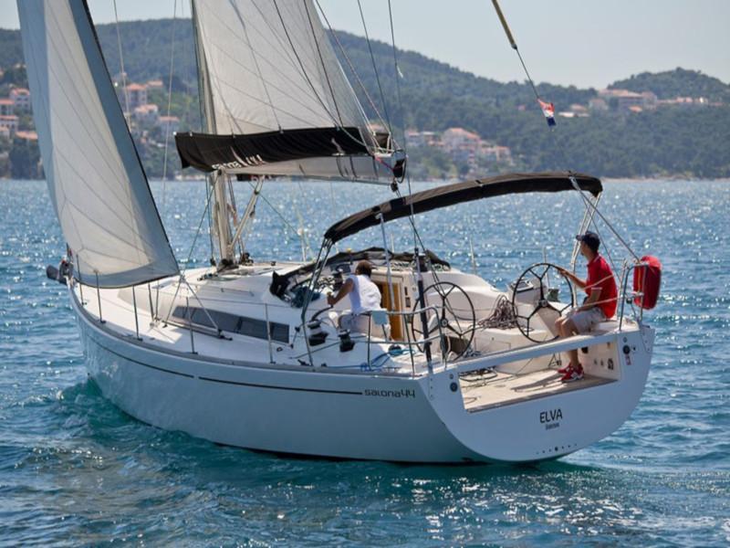 Salona 44 (Elva) Main image - 0