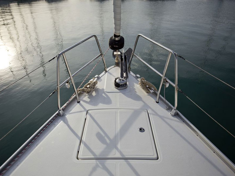 Bavaria Cruiser 46 (9) (Grey Sky)  - 2