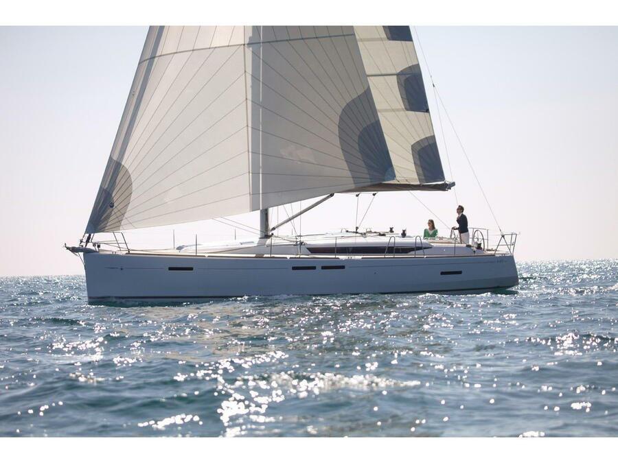 Sun Odyssey 449 (Winx) Main image - 0