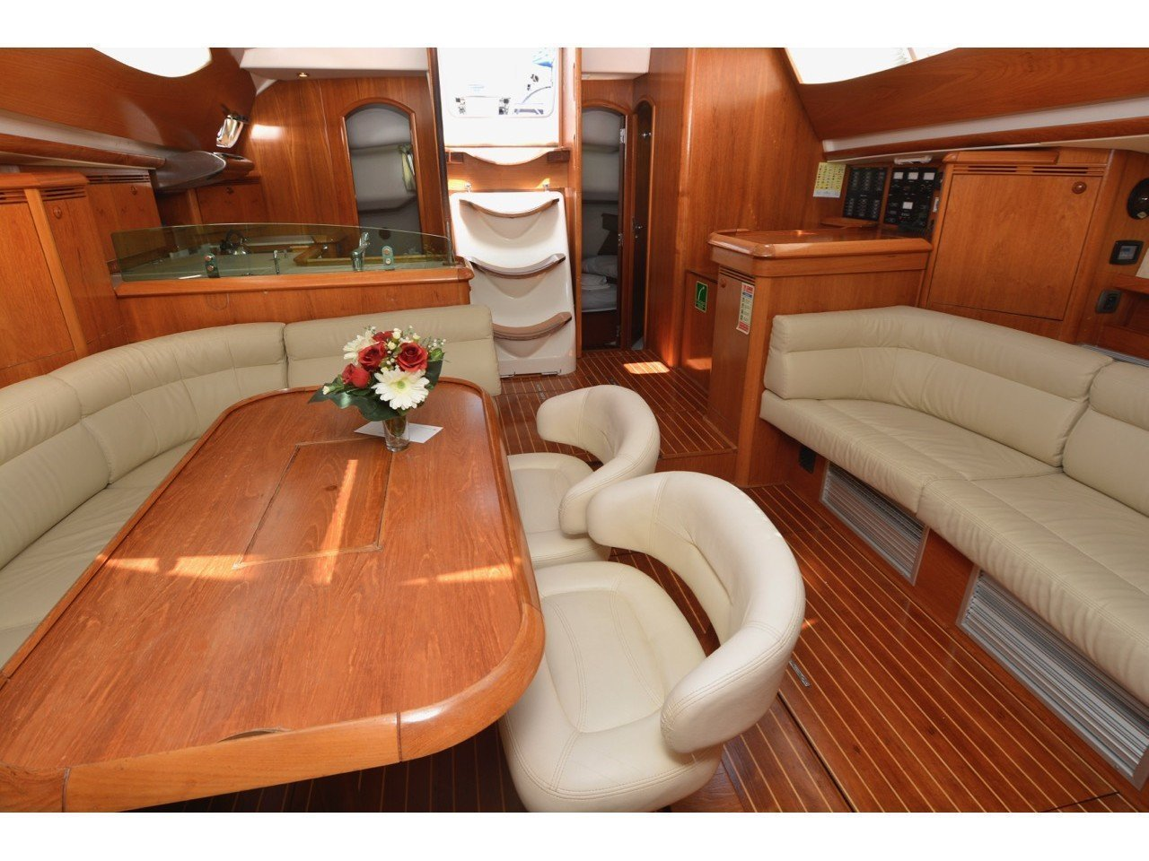 Sun Odyssey 49DS (Blue Bear) Interior image - 10