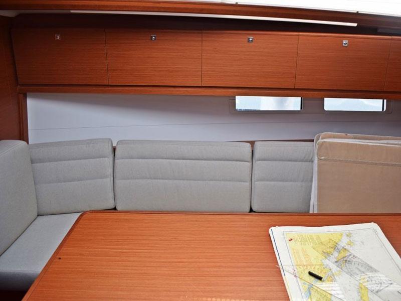 Dufour 382 Grand Large (Seneque) Interior image - 5