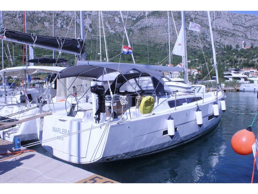 Dufour 430 Grand Large (Marlera) Main image - 0