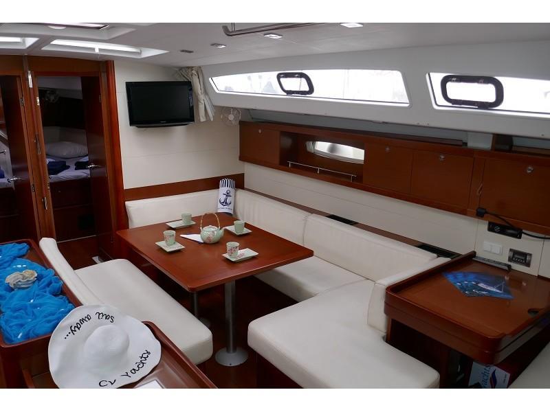 Oceanis 50 Family (Promise) Interior image - 1