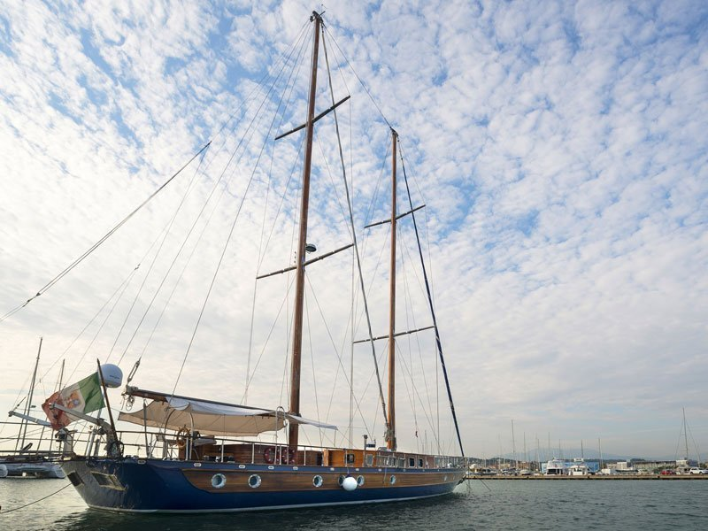 Motor sailer (Lady Q)  - 7