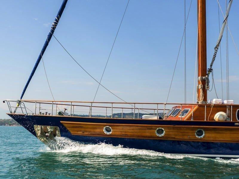 Motor sailer (Lady Q)  - 3