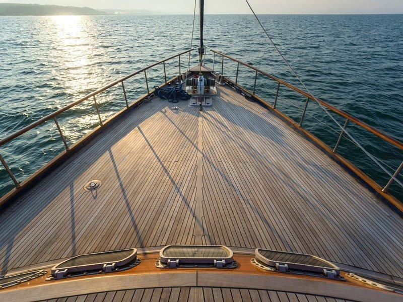 Motor sailer (Lady Q)  - 2