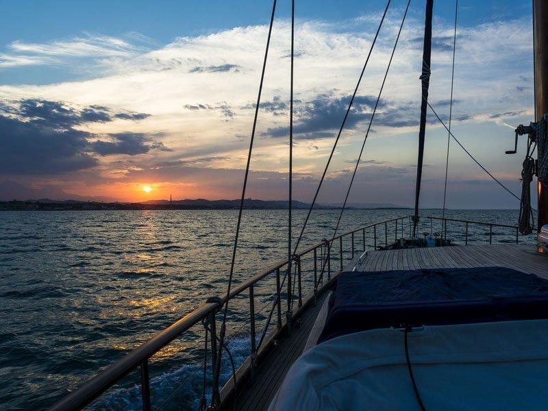 Motor sailer (Lady Q)  - 6