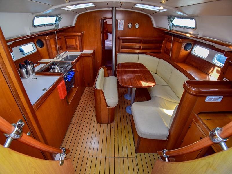 Oceanis 411 (Burda) Interior image - 4
