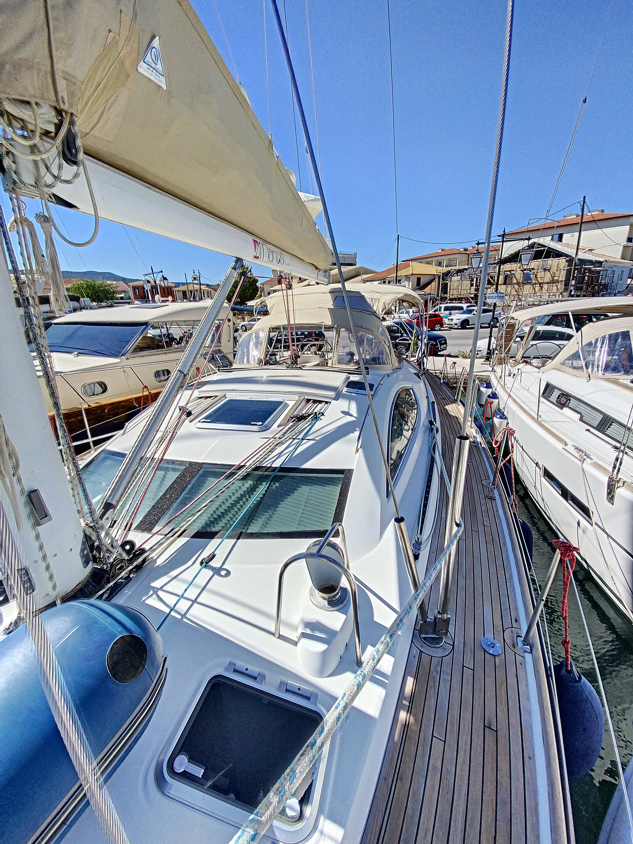 Sun Odyssey 54DS (HENK) Deck 2 - 15