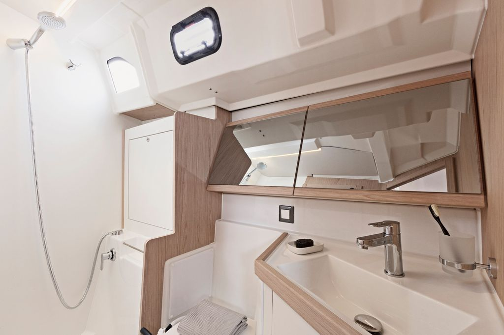 Oceanis 46.1 (BAR-BAR (air condition, generator))  - 15