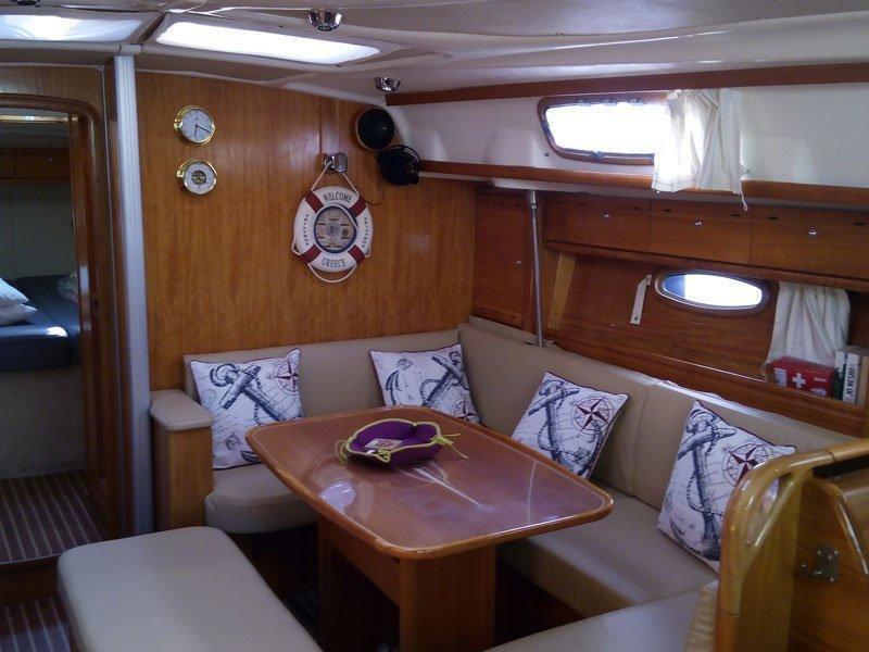 Bavaria 42 Cruiser (Sirene) Interior image - 4