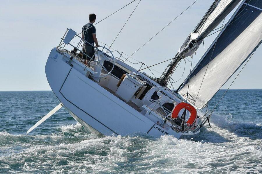 Oceanis 46.1 (5/3) (SALTY KISS)  - 11