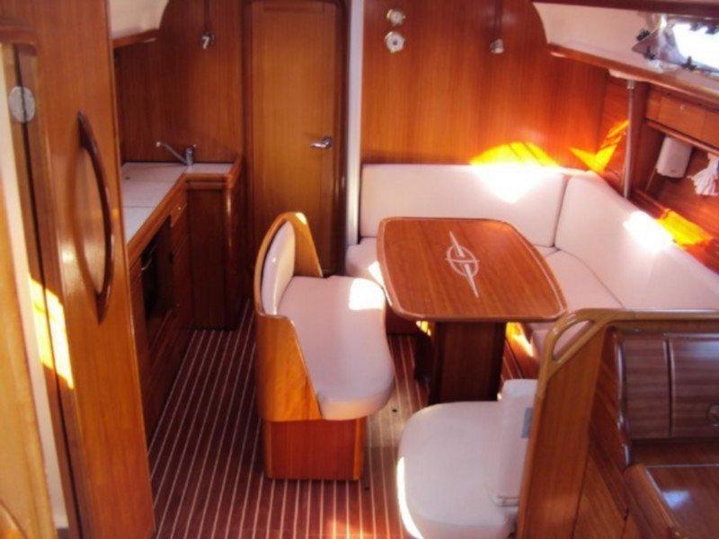 Bavaria 39 Cruiser (Marja) Interior image - 7
