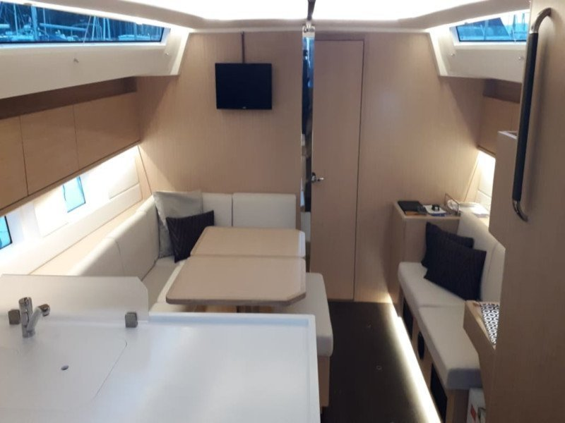 Bavaria Cruiser 45 (NN (with AC)) Interior image - 3