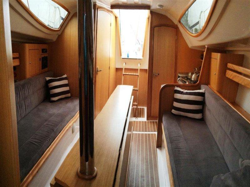 Maxus 28 Prestige (AURORA) Interior image - 4