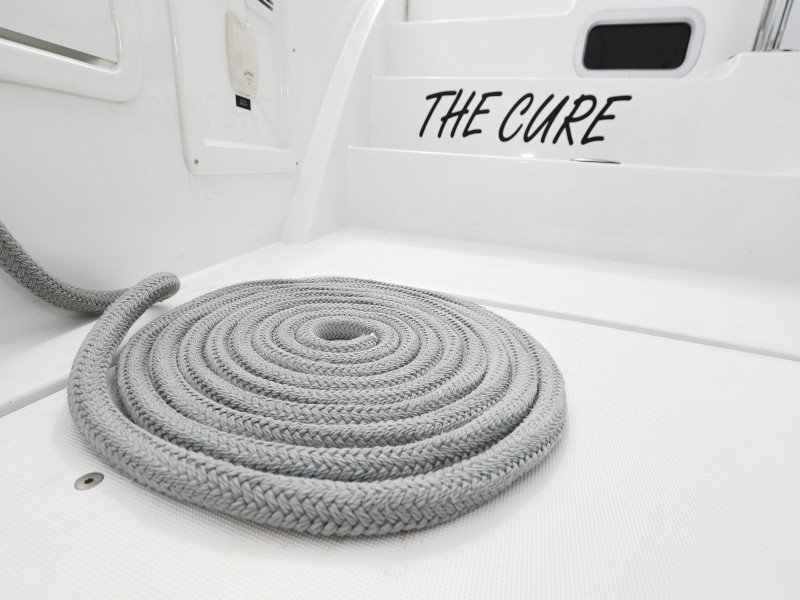 Lagoon 40-3 EXCLUSIVE (THE CURE OWNER VERSION AC salon + generator)  - 52