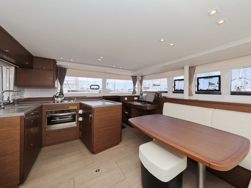 Lagoon 450 (OASIS Fully Equipped) Interior image - 9