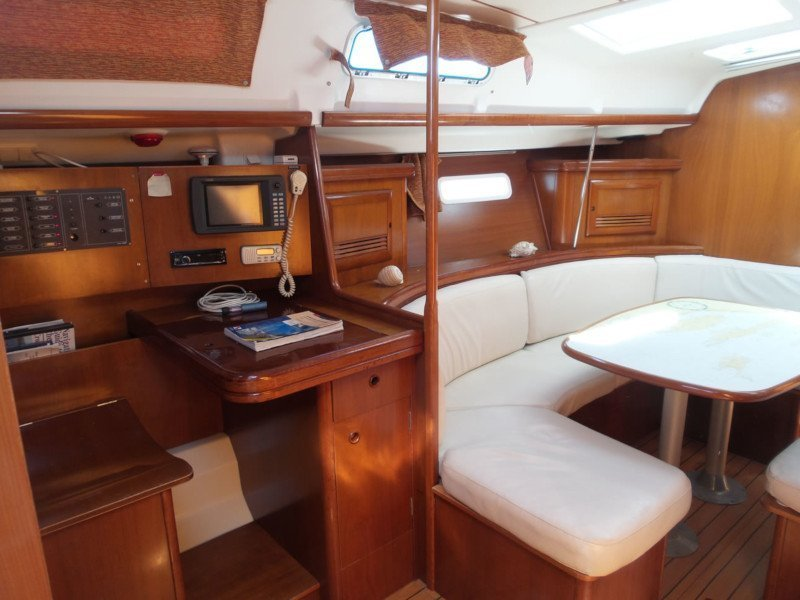 Oceanis 393 Clipper (Škuribanda (short terms offers on request))  - 8
