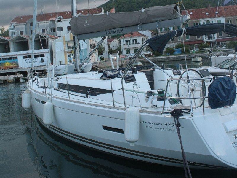 Sun Odyssey 439 (Victoria of Sweden)  - 4