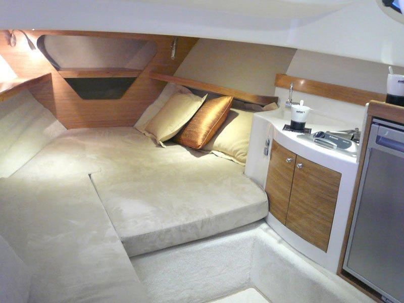 Elan 650 (no name) Interior image - 7