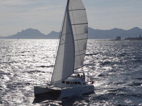 Lagoon 380 (Grey Pearl)  - 11