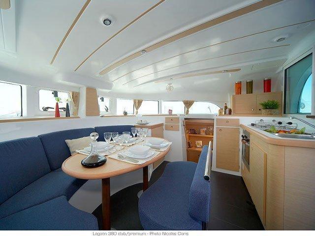 Lagoon 380 (Grey Pearl) Interior image - 7