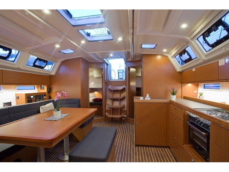 Bavaria Cruiser 46 (Krizia) Interior image - 5